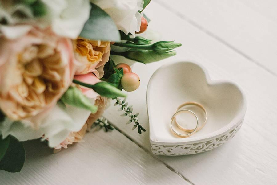 Обручальные кольца: приметы, суеверия, советы