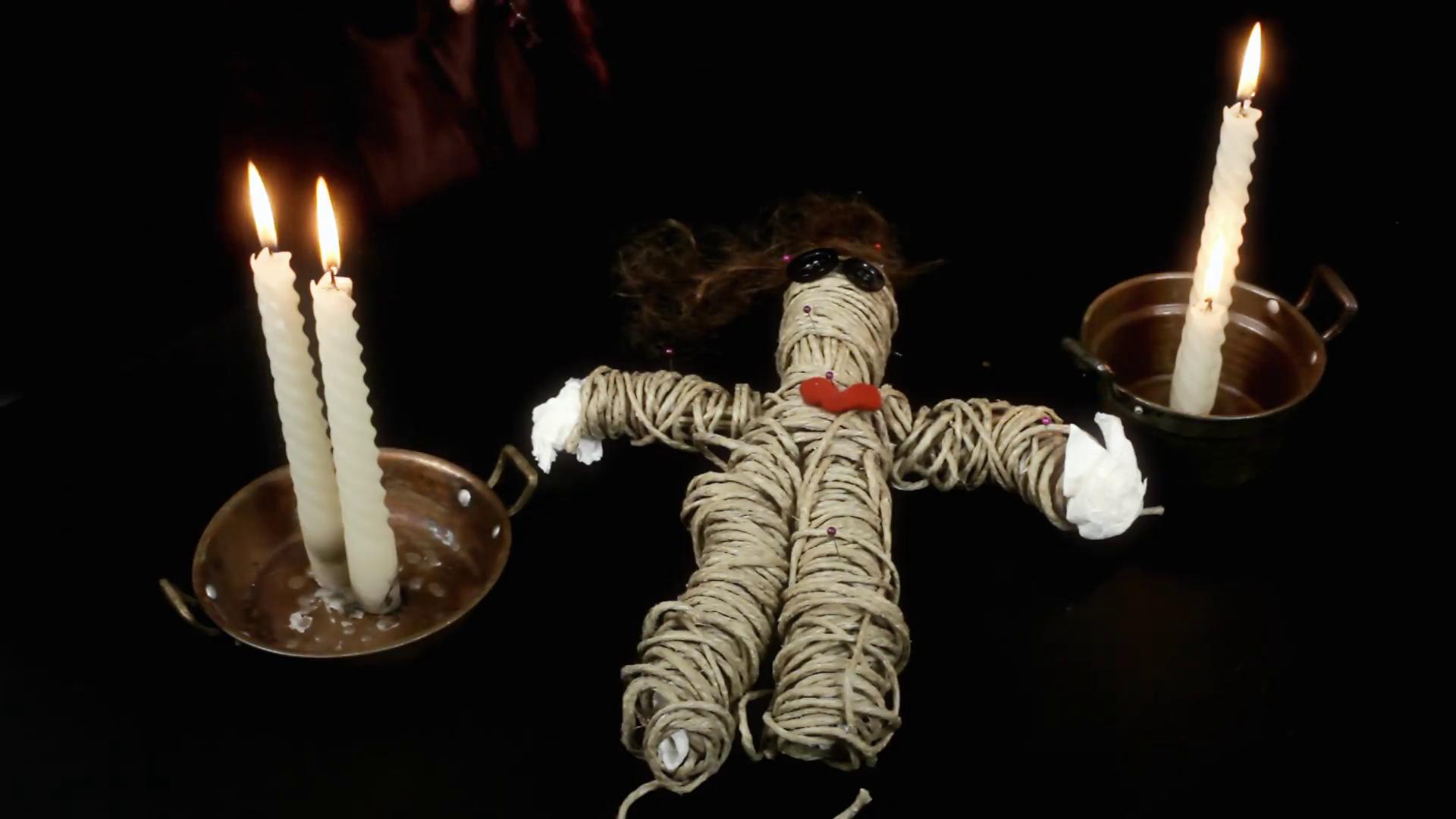 Приворот на скрученные свечи: самые популярные ритуалы