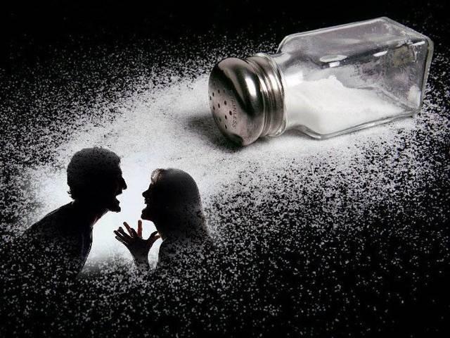 К чему рассыпать сахар – значение приметы