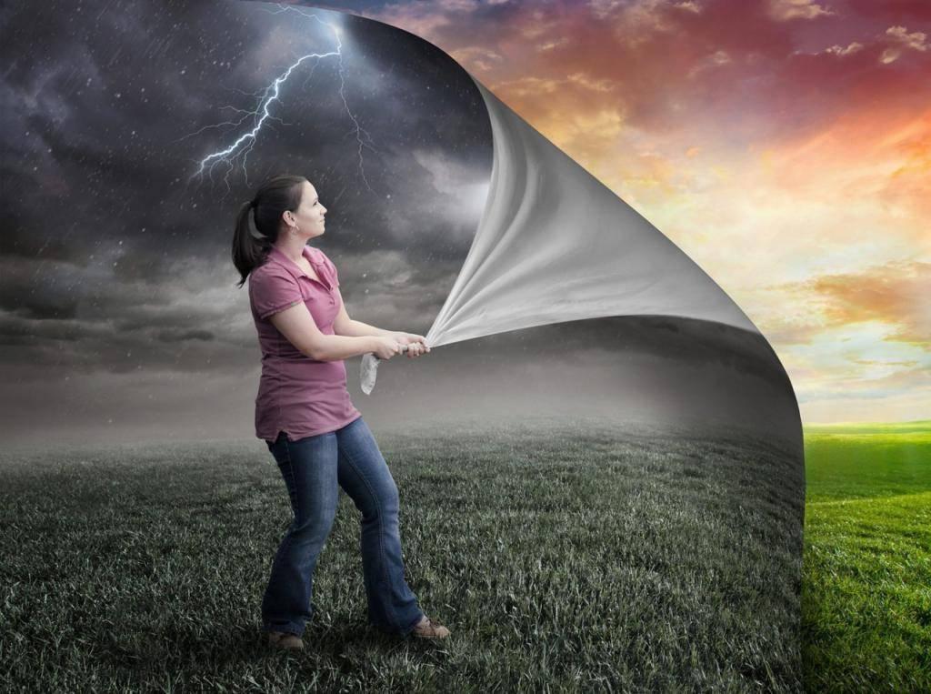 Стоит ли верить гаданиям - мнение специалистов, ученых и экстрасенсов
