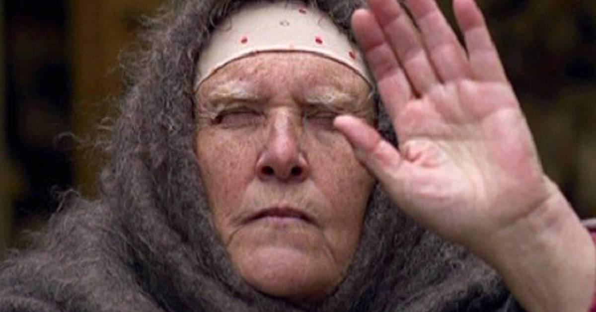 Где живет слепая ясновидящая баба нина?