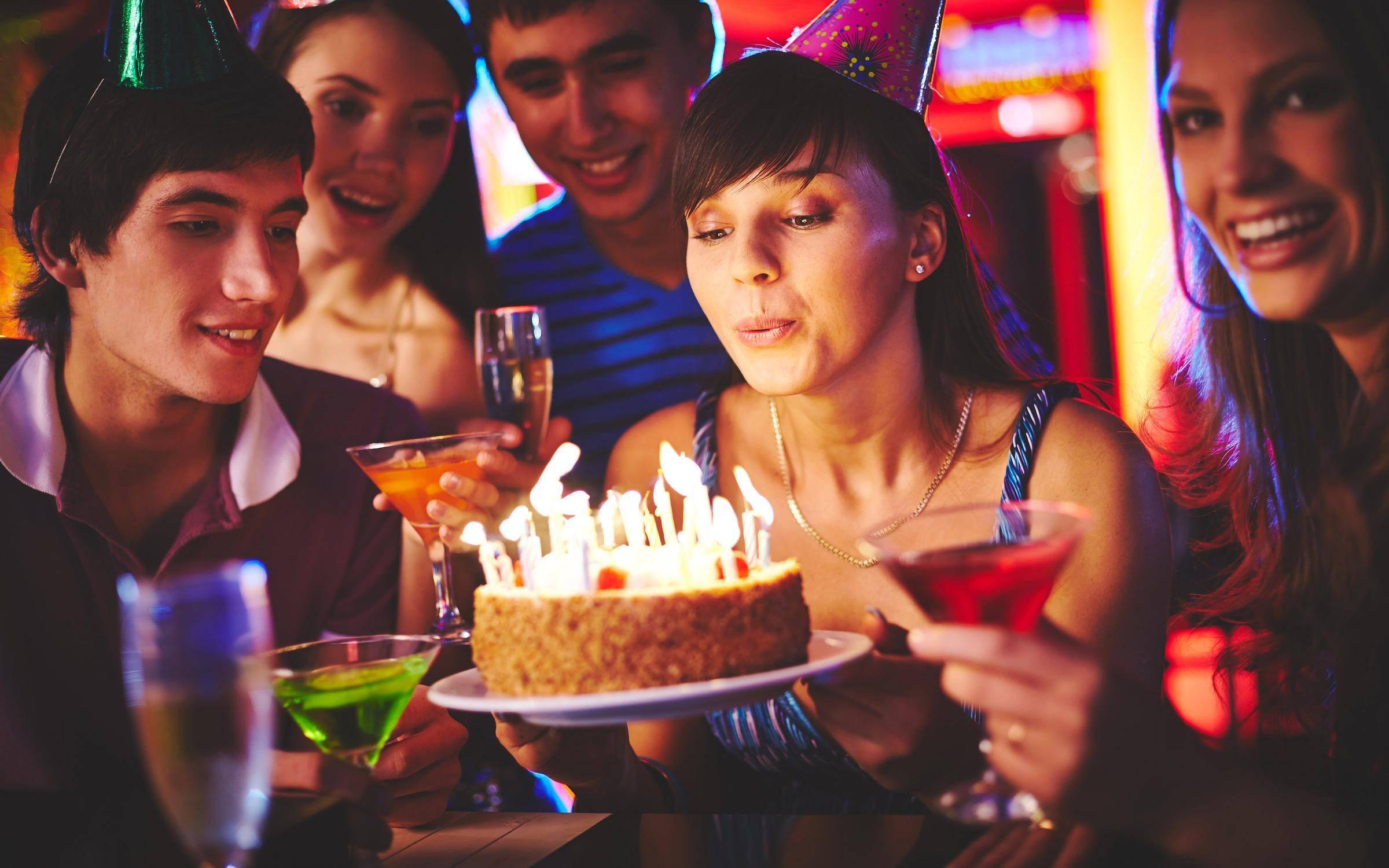 Приметы, суеверия, магия на день рождения, связанные с подарками, поздравлениями