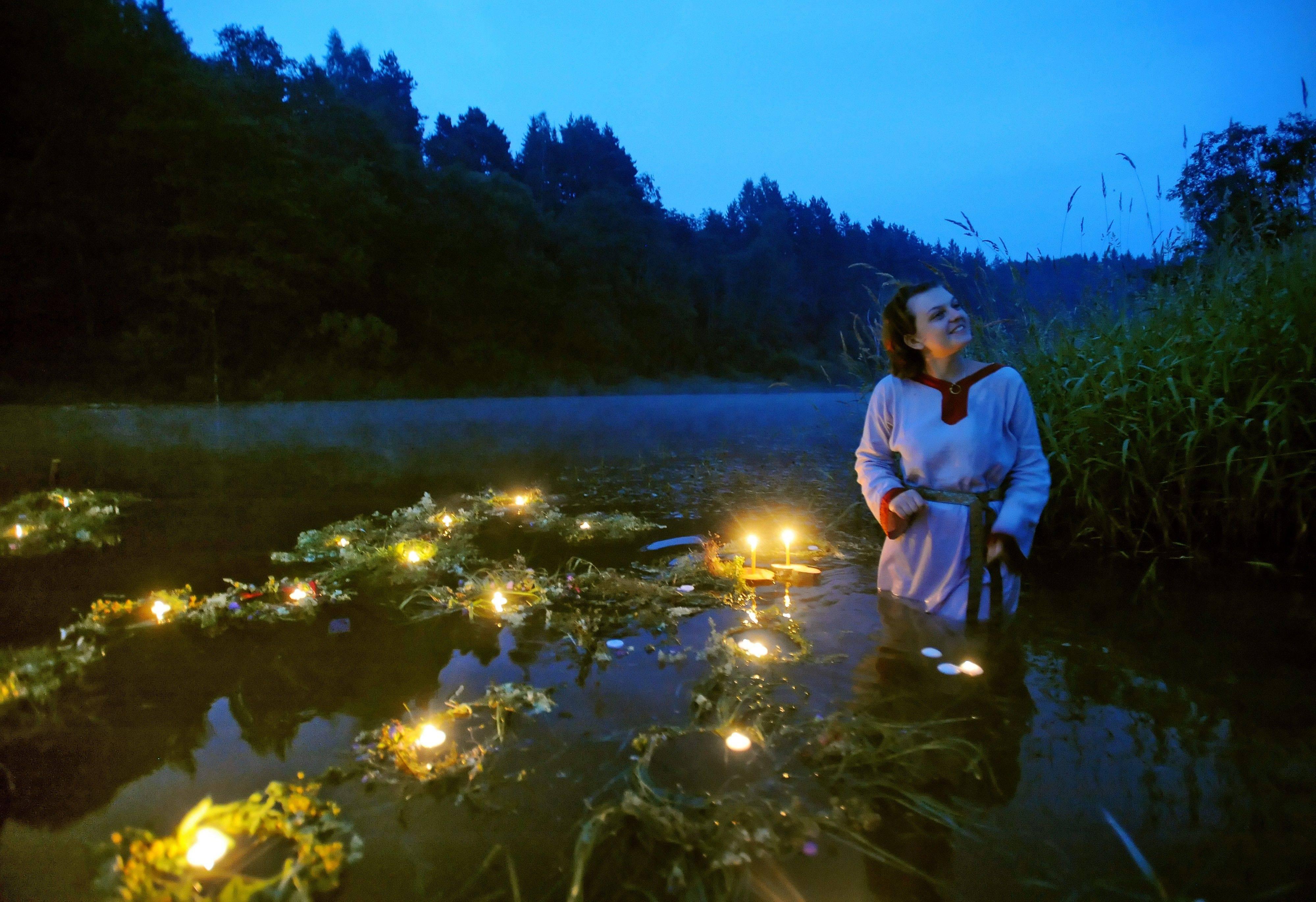 Ночь ивана купалы 2018: когда наступает, обряды и традиции, купания и гадания на суженого   новости