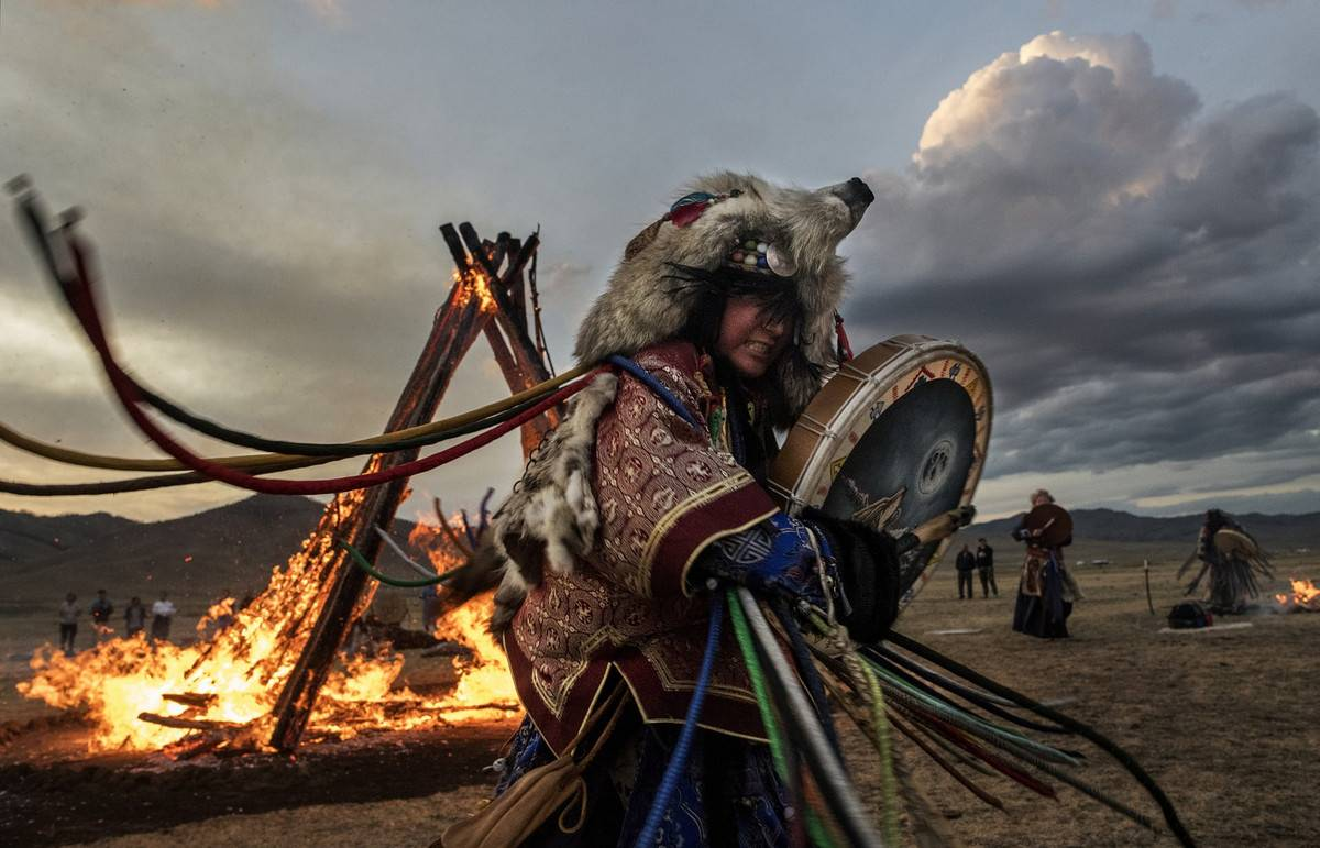 У каких народов россии самые сильные шаманы? шаманы алтая и других регионов сибири где есть шаманы
