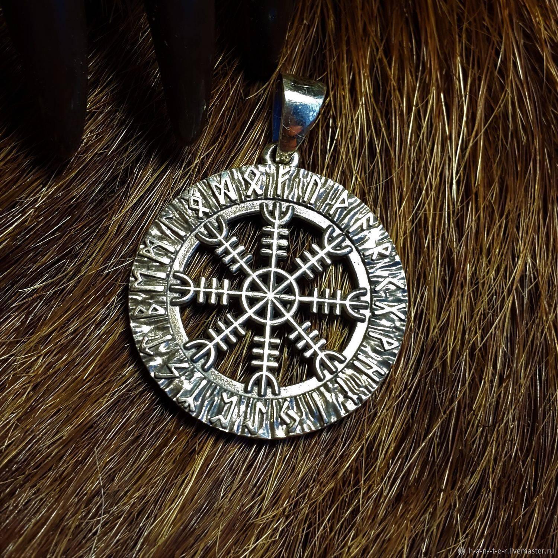 Скандинавские символы и их значение: топ знаков викингов