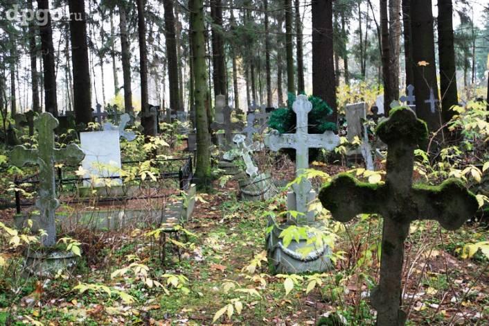 Самостоятельные привороты и ритуалы на кладбище