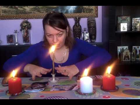 Приворот на красную свечу читать в пятницу в домашних условиях