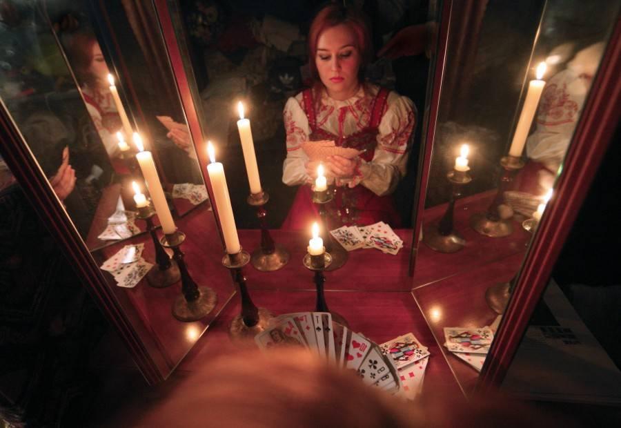 Гадания на святки на будущего мужа в домашних условиях