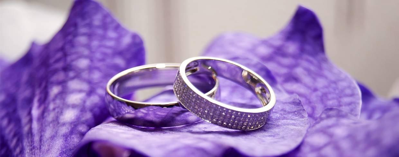 Традиции и малоизвестные приметы про свадебные обручальные кольца
