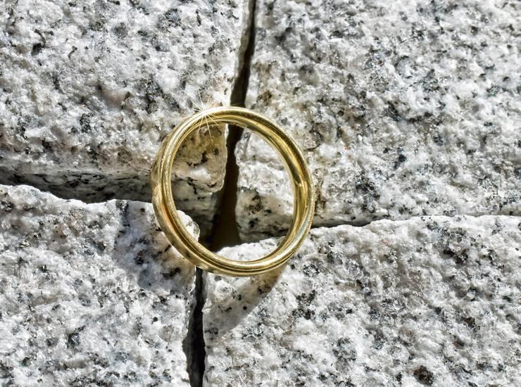 Потеря кольца — примета