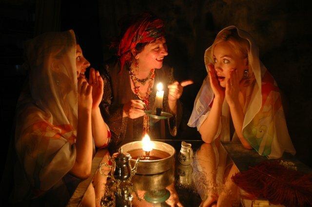 Славянские традиции гадания в январе — весело, познавательно, а порой и страшно. когда можно гадать — выбираем лучшее время для гаданий