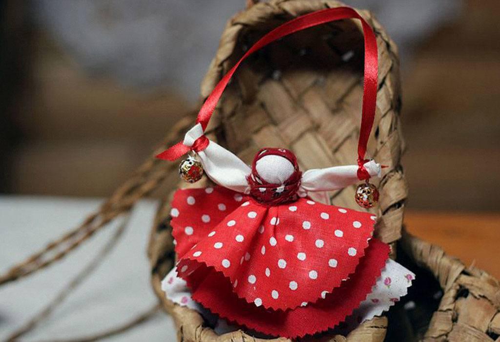 Куклы-обереги на руси: их разновидности, значение, описание и фото