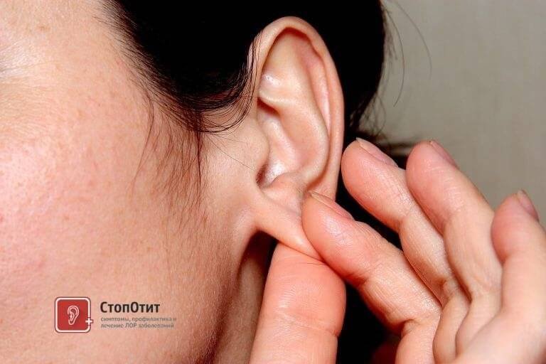 К чему чешется правое ухо (внутри или мочка уха) – значение приметы