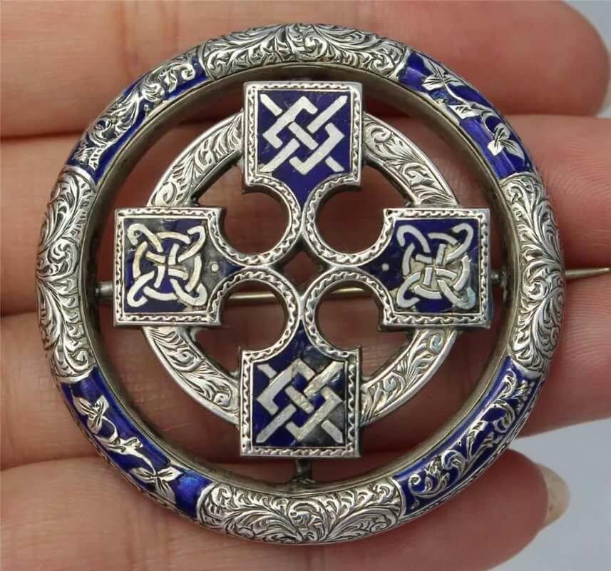 Скандинавские обереги и их значение: какие символы викинги использовали в виде тату фото эскизов, что использовали народы скандинавии