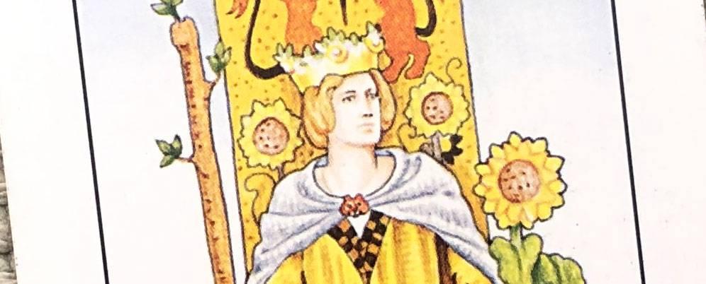 Королева жезлов (дама посохов): значение в работе, финансах, любви