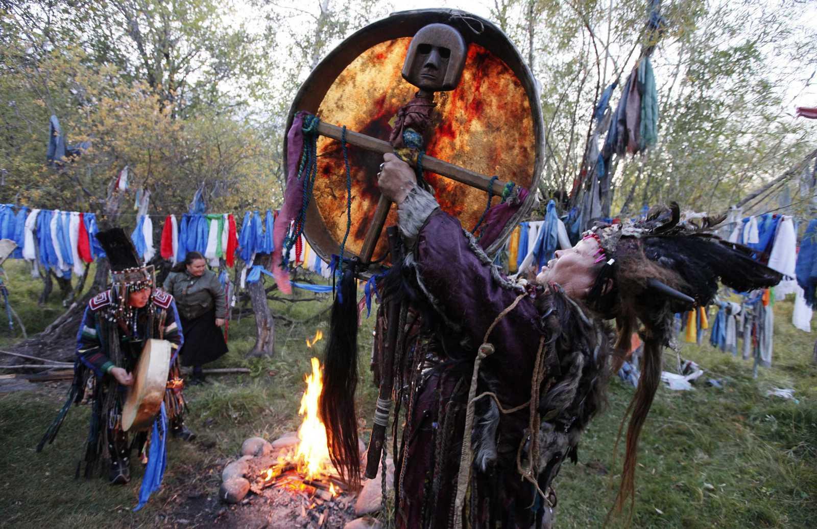 Изготовление бубна своими руками. шаманские ритуалы и атрибуты — шаманизм как религия. для изготовления понадобится
