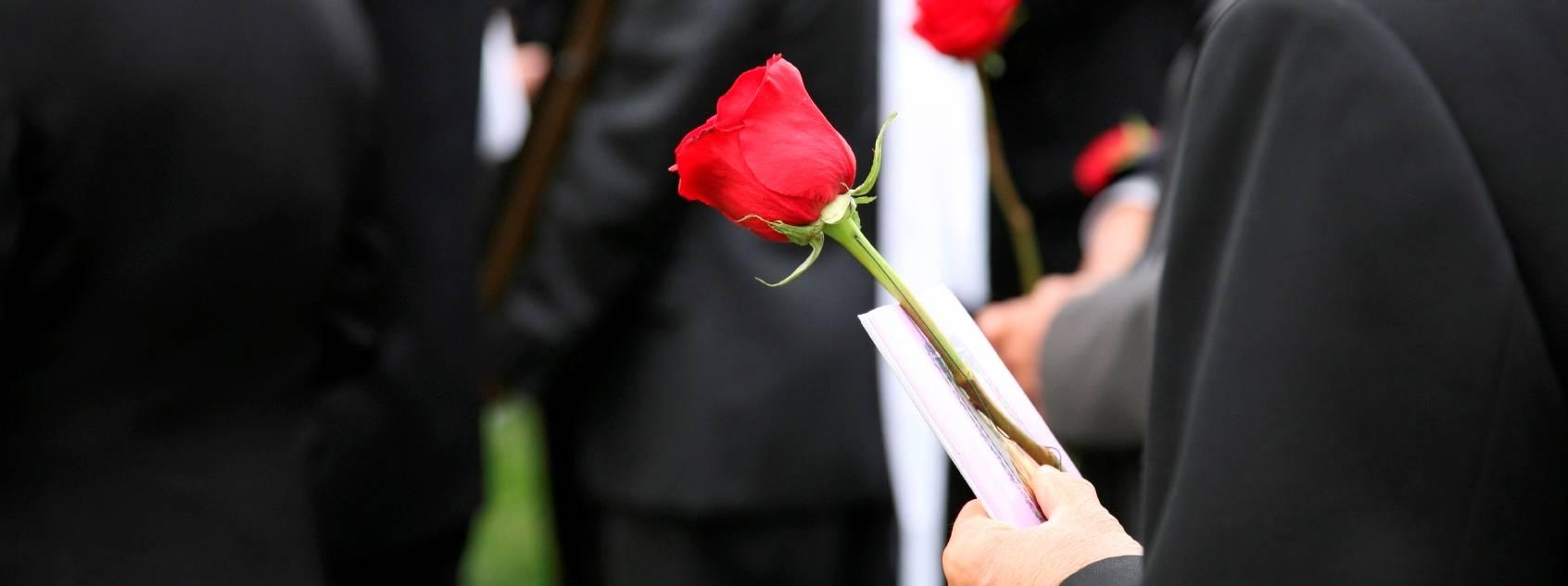 Приметы связанные с похоронами — как себя вести