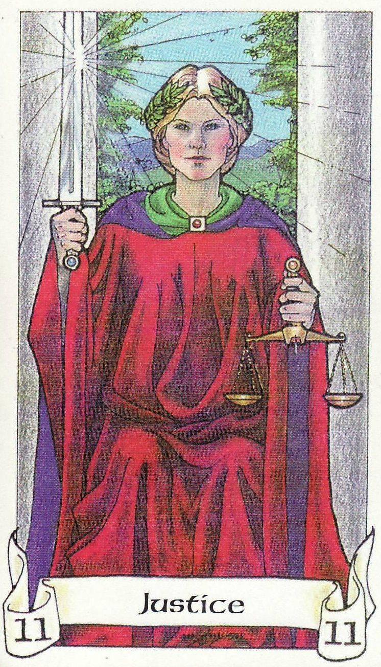 Справедливость таро: значение 8 аркана, как трактовать в сочетании с другими картами