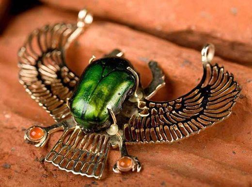Сила талисмана жук-скарабей