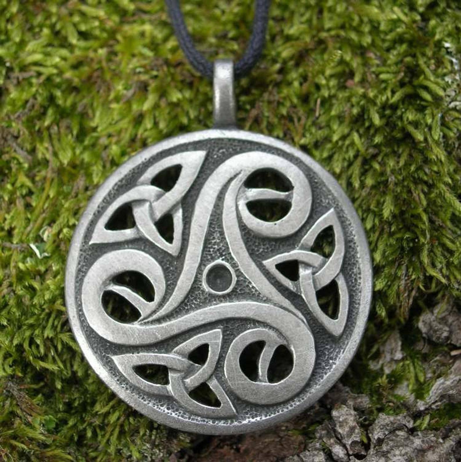 Как выглядят кельтские символы, их фото, виды и значение