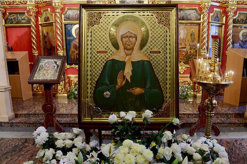 Икона матроны московской: в каких храмах находится, жизнеописание святой, иконография и существующие молитвы к ней