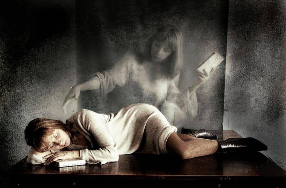 Домовой пришел ночью и обнимает. к чему снится домовой добрый или злой: толкование сновидений