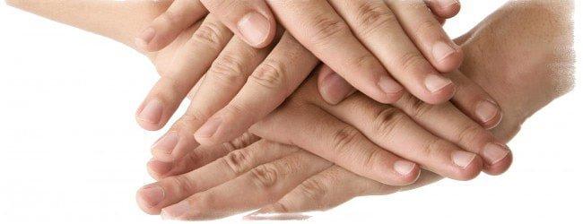 Что значит зуд на левом безымянном пальце: примета, если палец чешется в разных местах