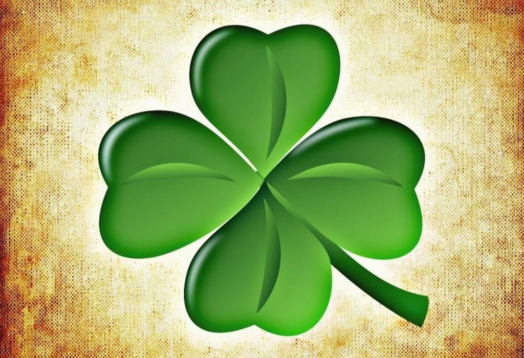 Четырехлистный клевер символ удачи