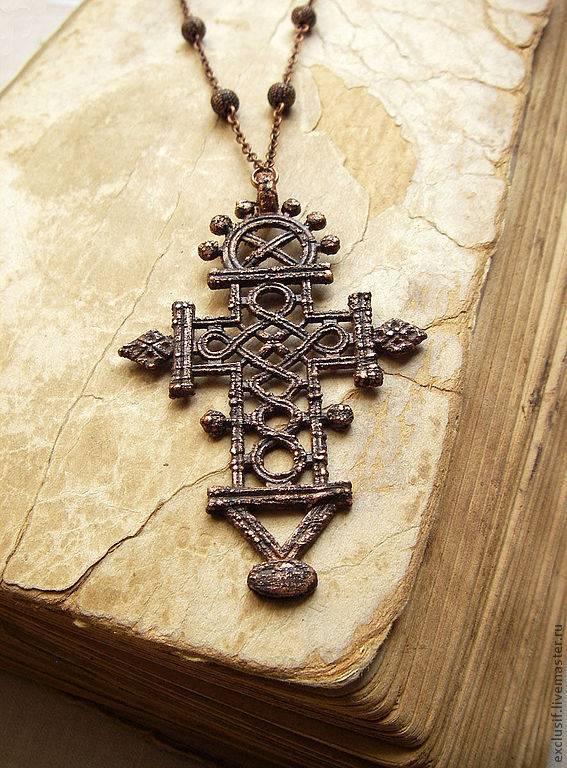 Значение славянских крестов: солнечный и небесный