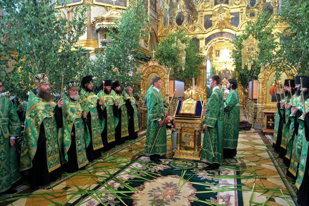 Обычаи, суеверия и приметы на троицу. что нельзя делать на троицу :: syl.ru