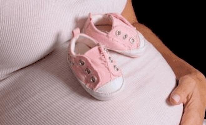 Мальчик или девочка: приметы при беременности