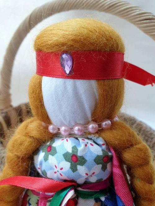 Сила и важность куклы-оберега на беременность
