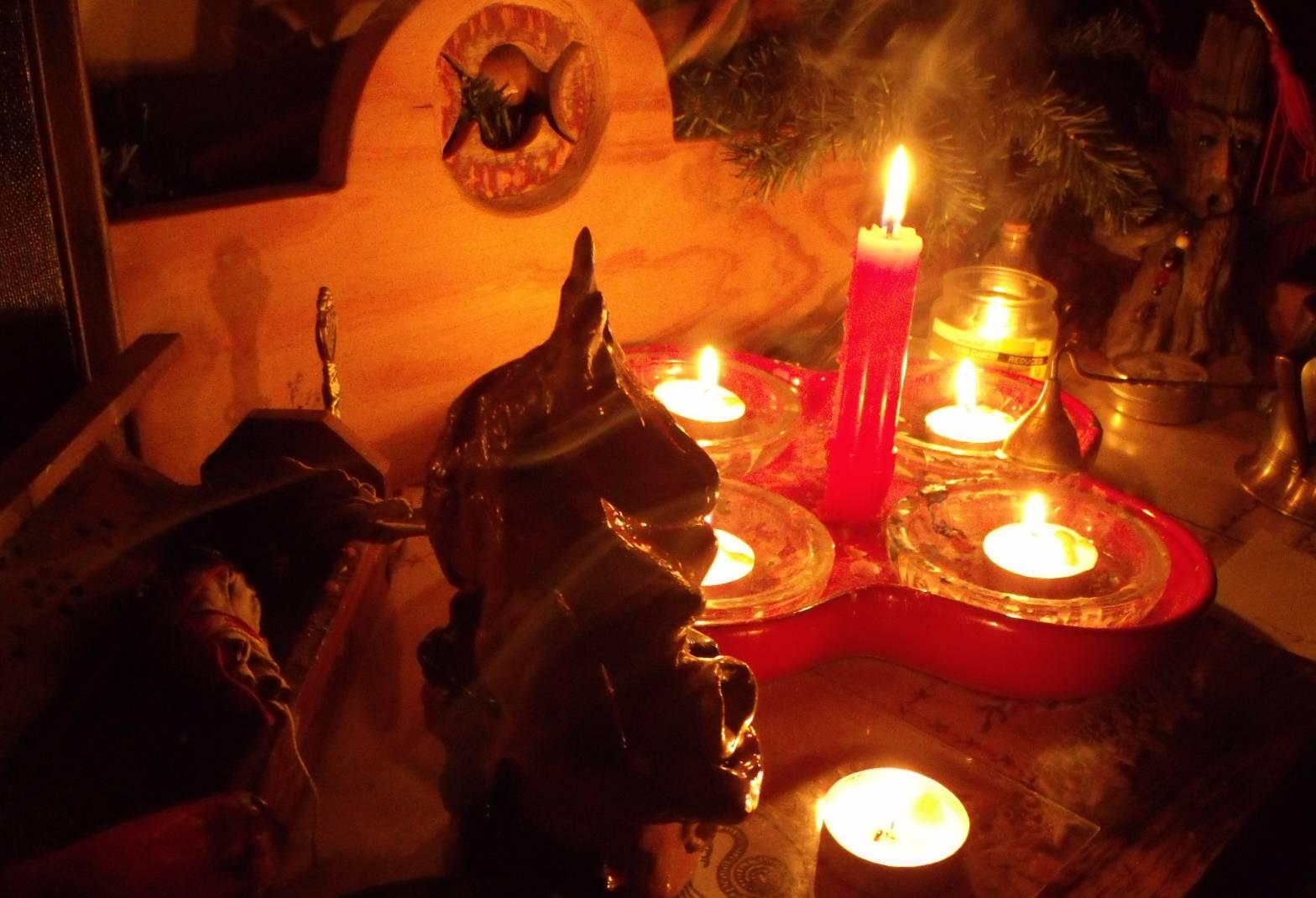 Приворот на куклу — магия вуду вольта