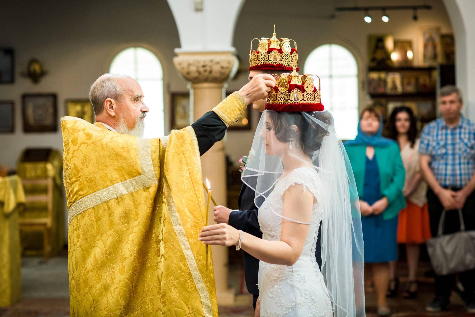 Свадебные приметы и суеверия: для невесты, для жениха, для родителей, для гостей, для свидетелей
