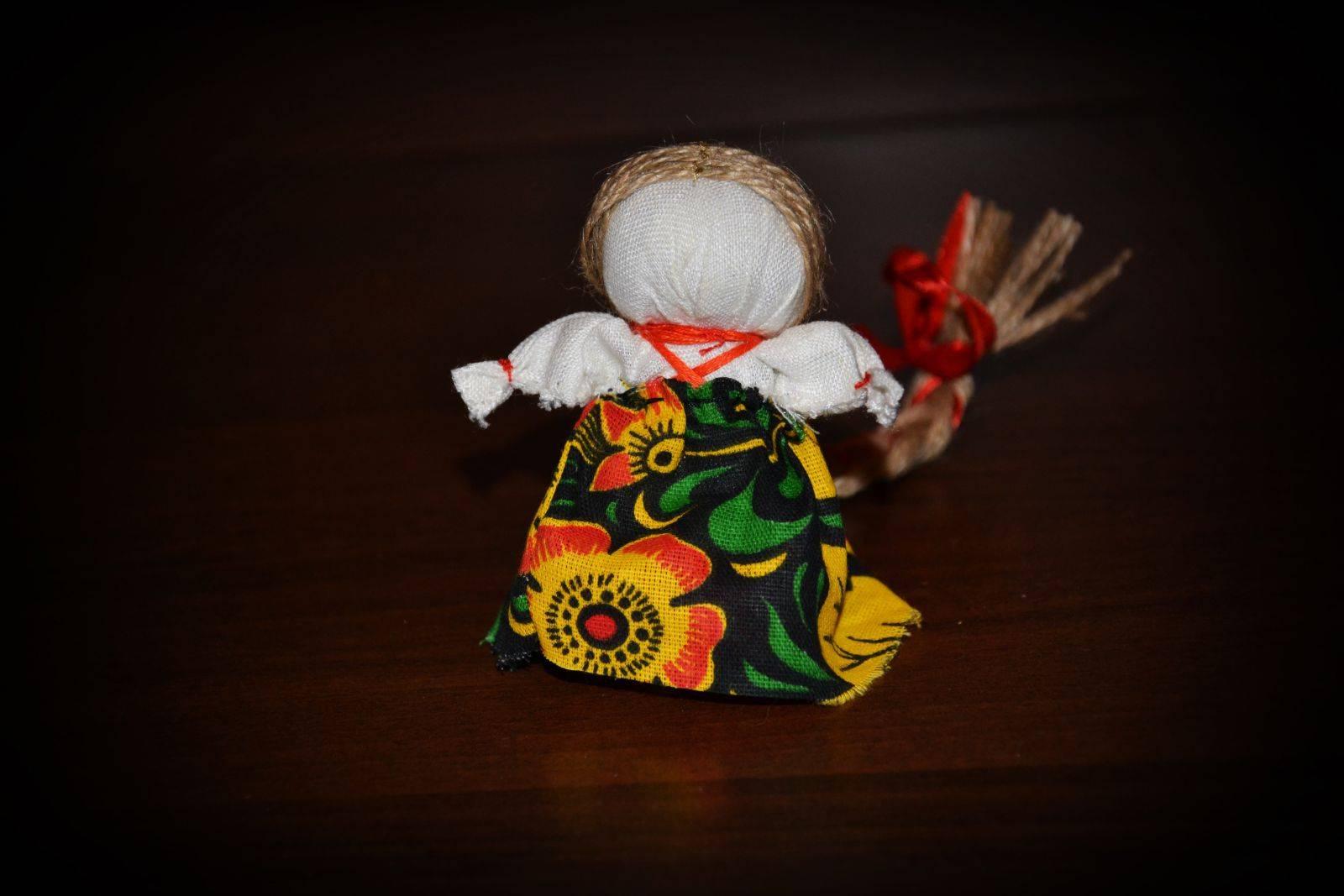 Кукла-оберег из ткани своими руками