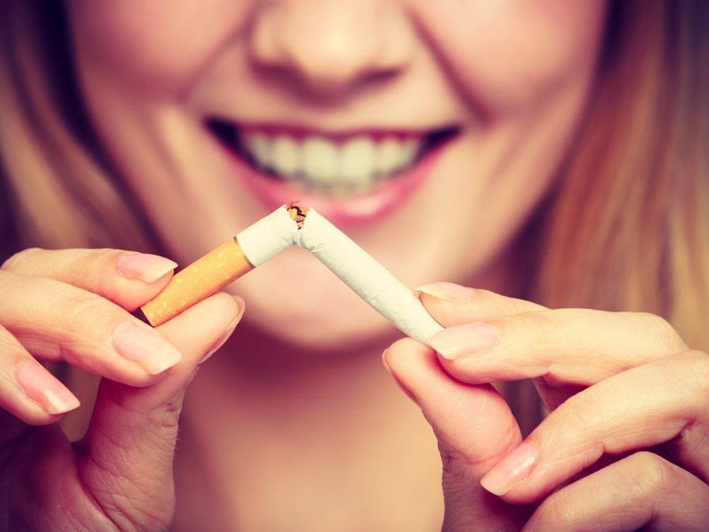 Приворот на сигарете — способы наведения и снятия