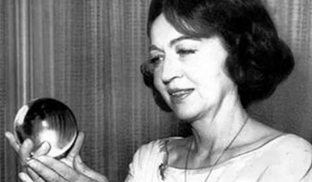 Диксон джин лидия. 50 знаменитых прорицателей и ясновидящих