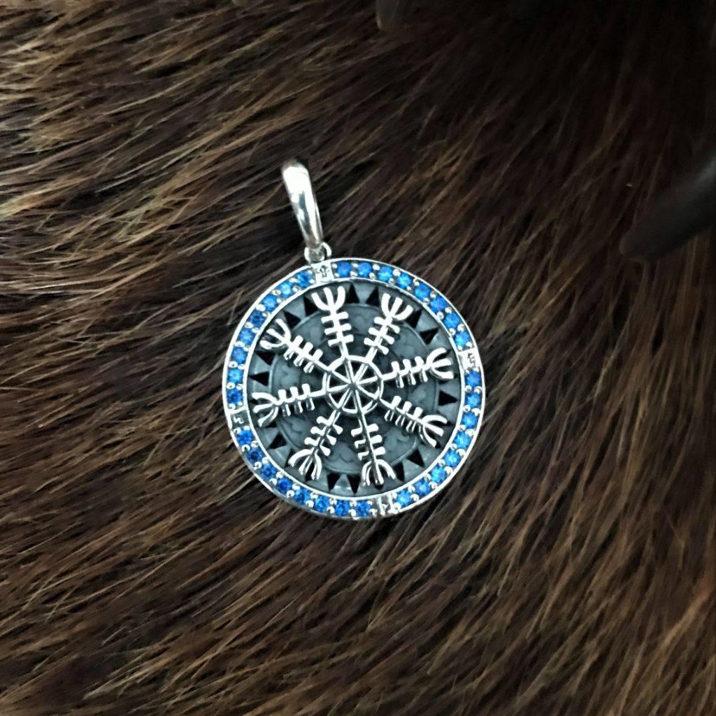 Древо жизни иггдрасиль — символ сердца мира