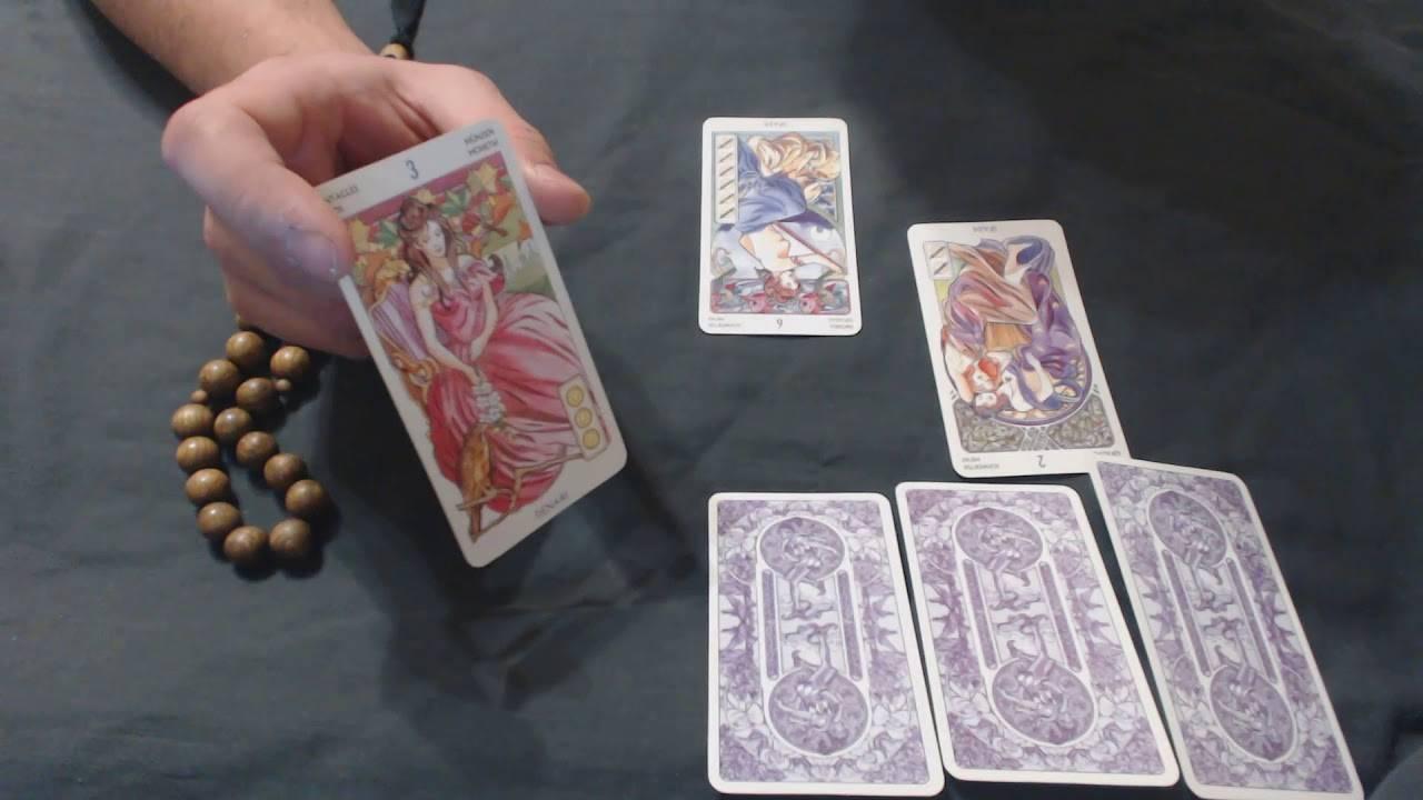 Гадание на картах таро: предсказание судьбы по инструкции