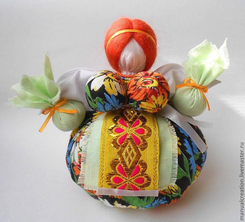 Обереговая кукла «кубышка-травница» своими руками