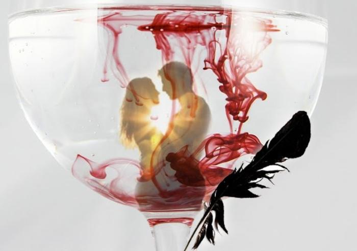 Приворот на кровь из пальца - черная магия которая действует годами