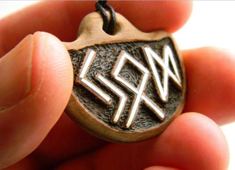 Амулет монета на удачу и богатство: использование для привлечения счастья, как сделать талисман своими руками или выбрать, активация, история