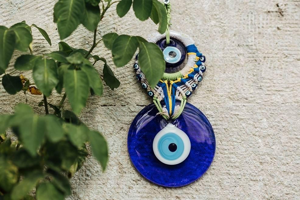 Синий глаз фатимы (назар): значения и свойства оберега
