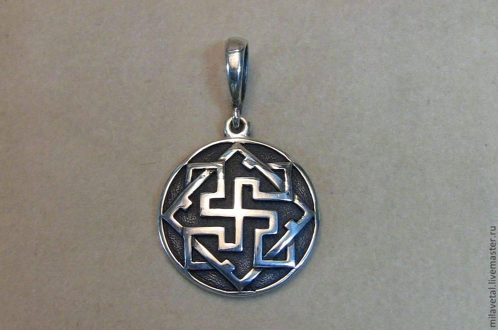 Кому подходит славянский оберег валькирия. значение символа