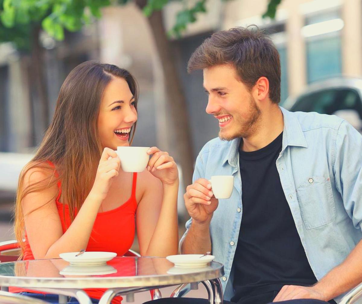 Свидание после знакомства в интернете