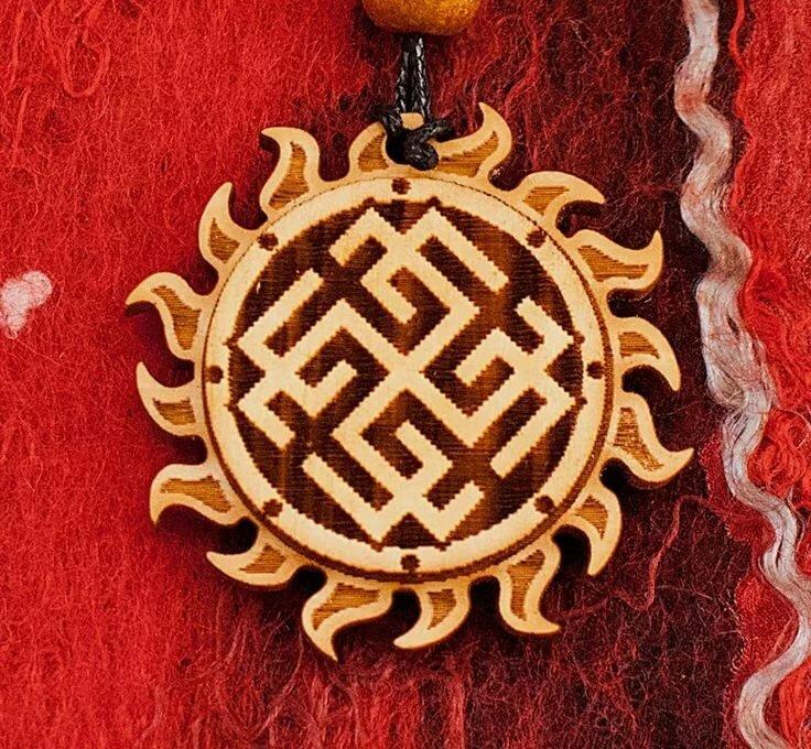 Кельтский крест: значение и тайны древнего амулета