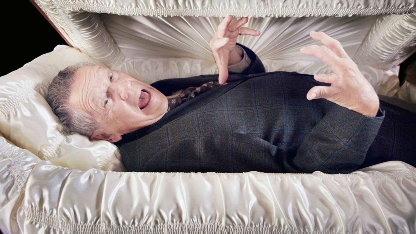 Покойник увязался после поминов, что делать?