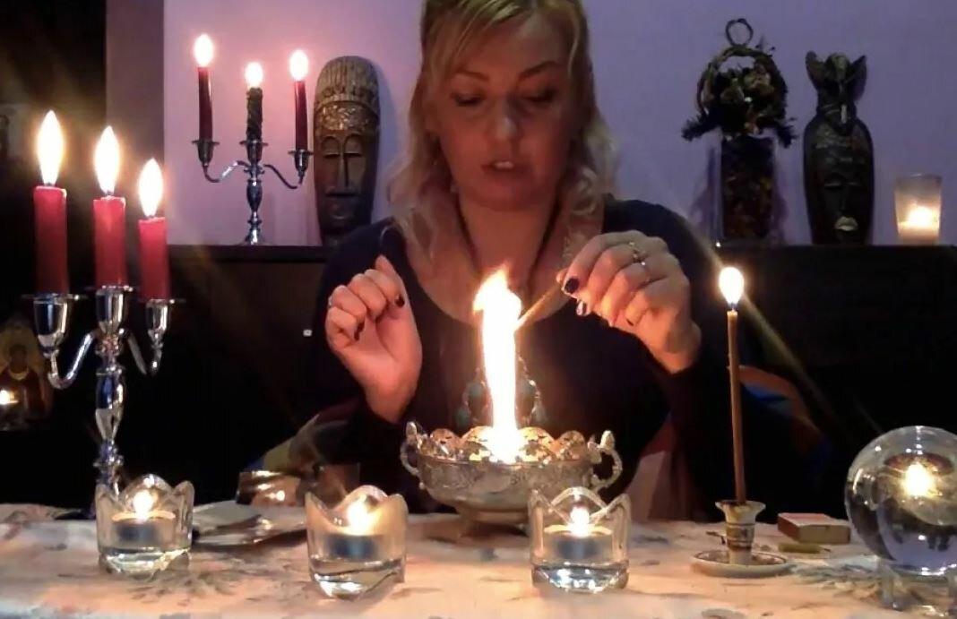 Как с помощью отчитки молитвами избавиться от порчи в церкви