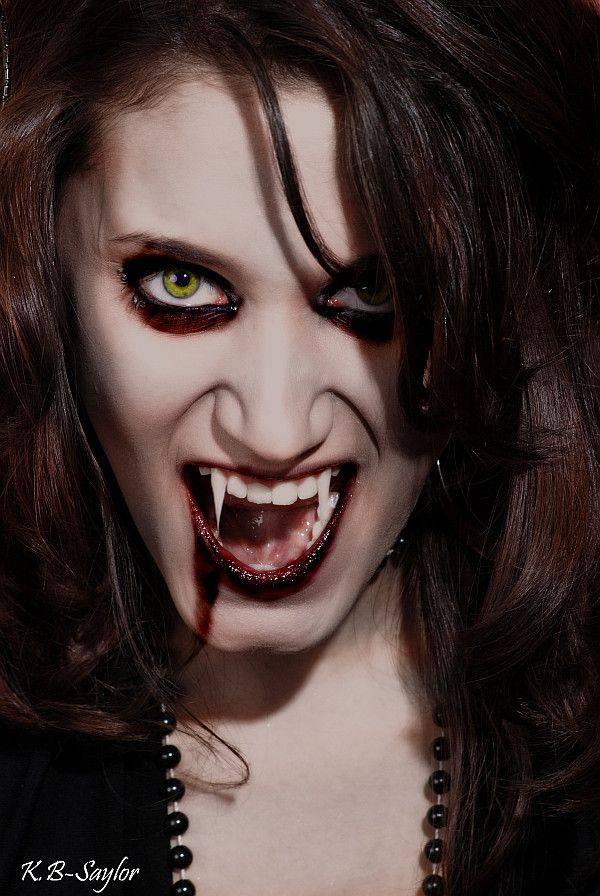 Ученые подтверждают, что вампиры существуют