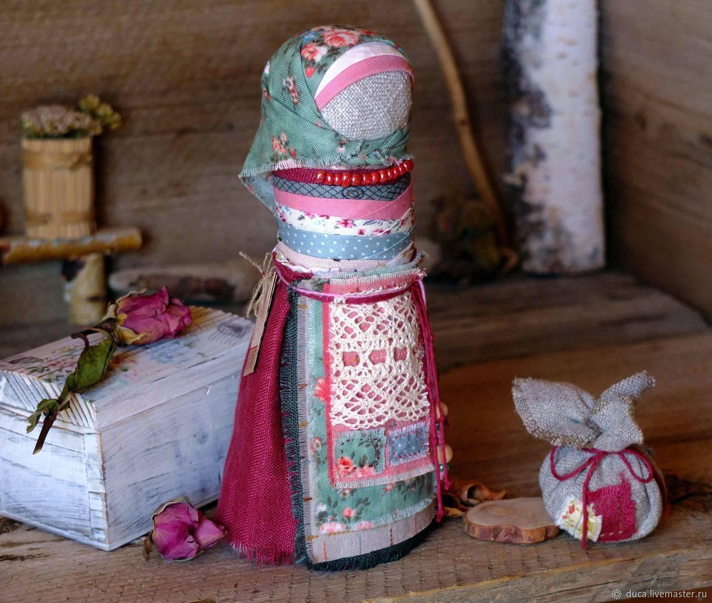 Амулеты и обереги для беременных женщин: камни, предметы, молитвы, обережные куклы